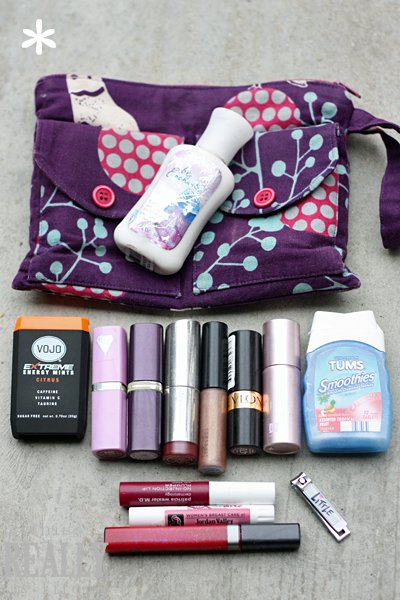 SNAP What's in My Handbag Emily Hill