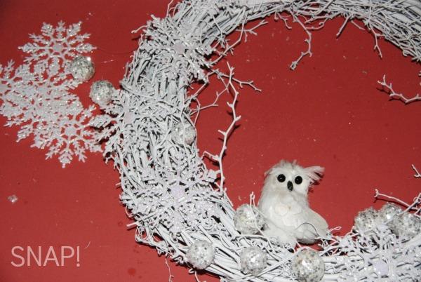 White winter wreath diy jpg
