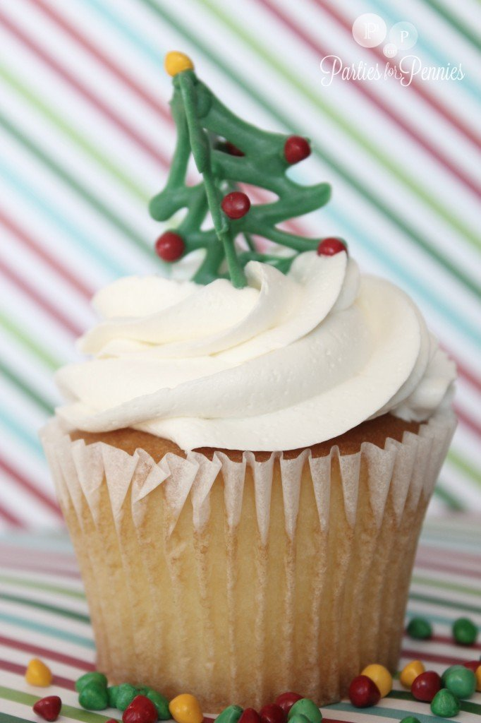 Christmas-Cupcake-Toppers via Parties for Pennies