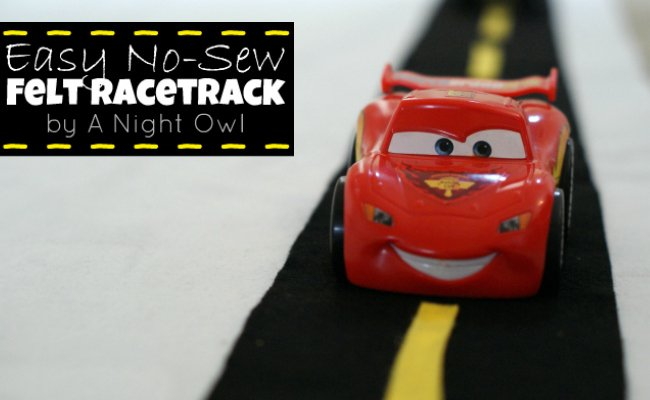 No-sew felt racetrack via @ A Night Owl