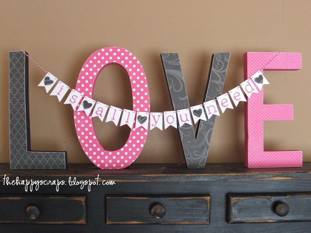 Valentines Day Craft Project via The Happy Scraps