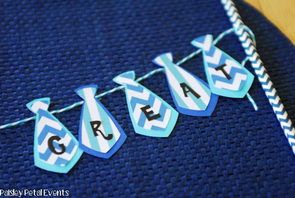 mini necktie bunting