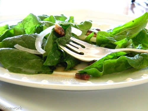 spinach apple glazed pecan salad