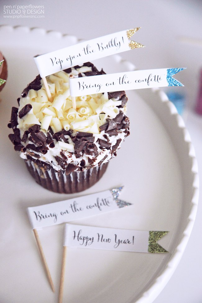 Happy-New-Year-Cupcake-Toppers-5522wm