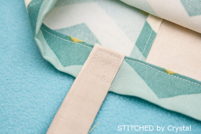 Attaching handles to your Spring tote