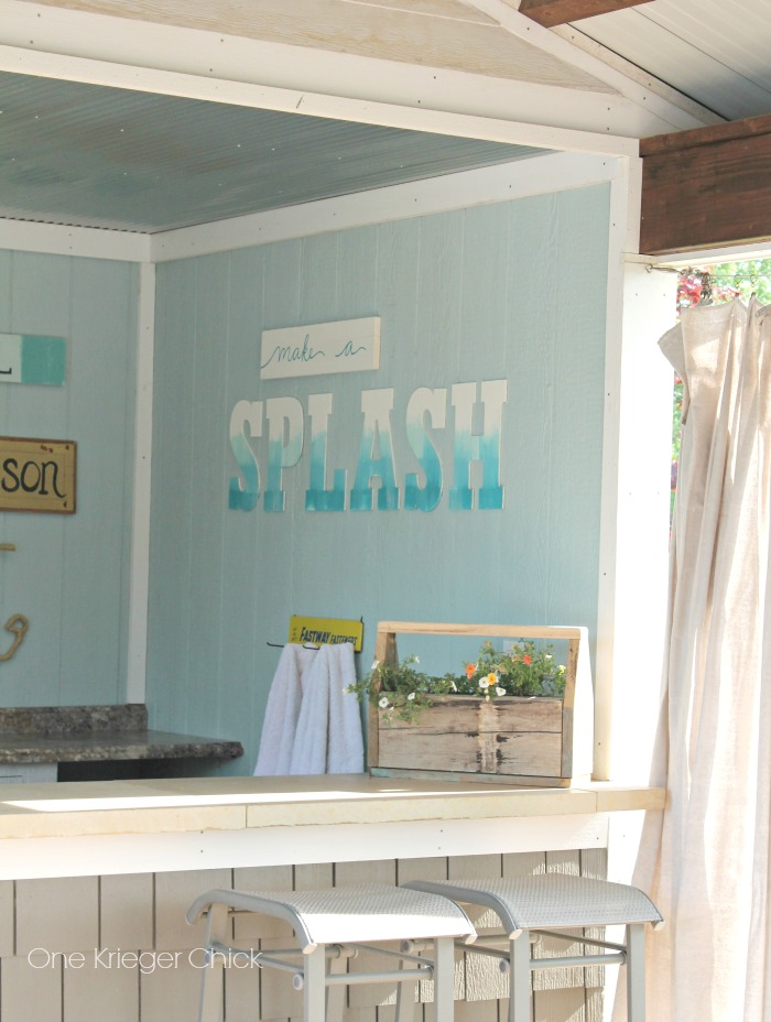 Splash sign- Poolhouse decor