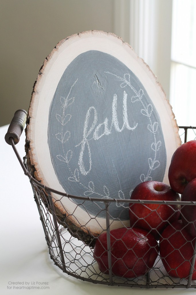 DIY-Fall-Chalkboard-Sign-4