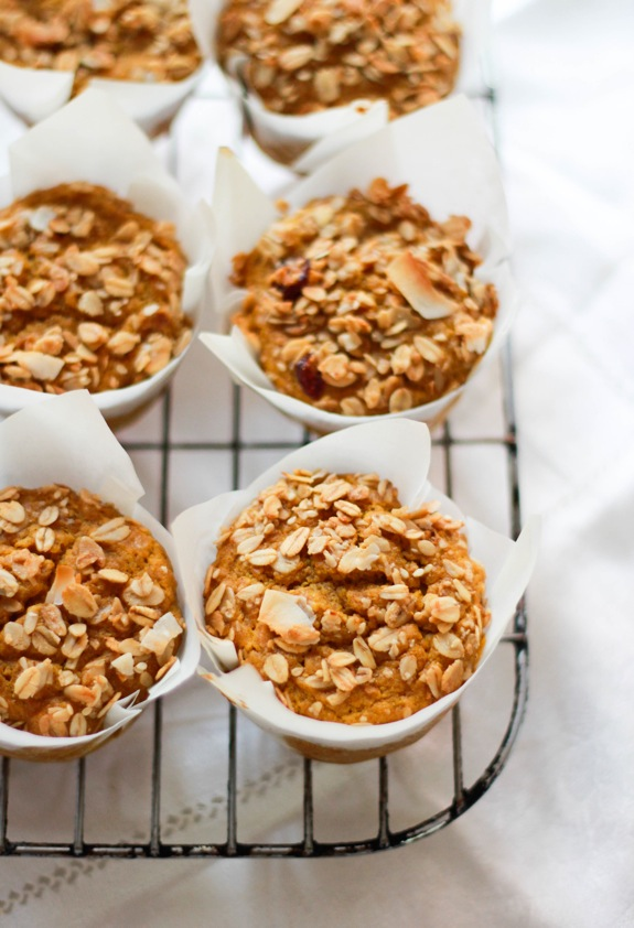Pumpkin Spice Granola Muffins via @SnapConf These are great for busy fall mornings or just for a snack