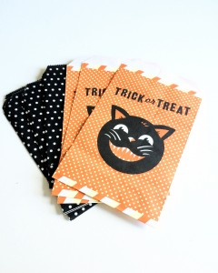 Vintage Halloween Treat Bags
