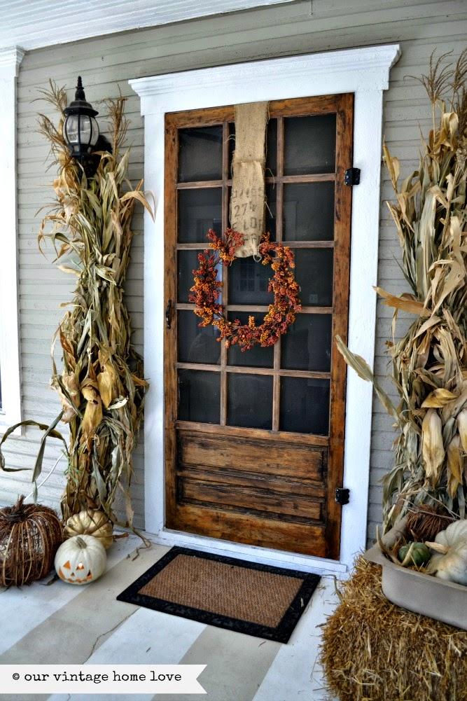 Neutral fall porch decor