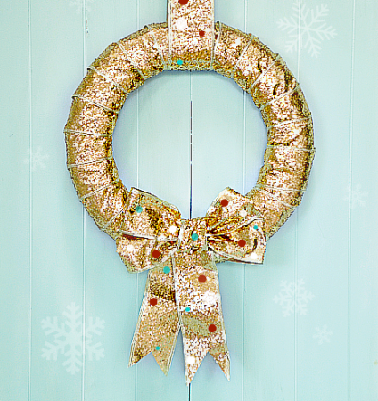 15 DIY Holiday Wreaths