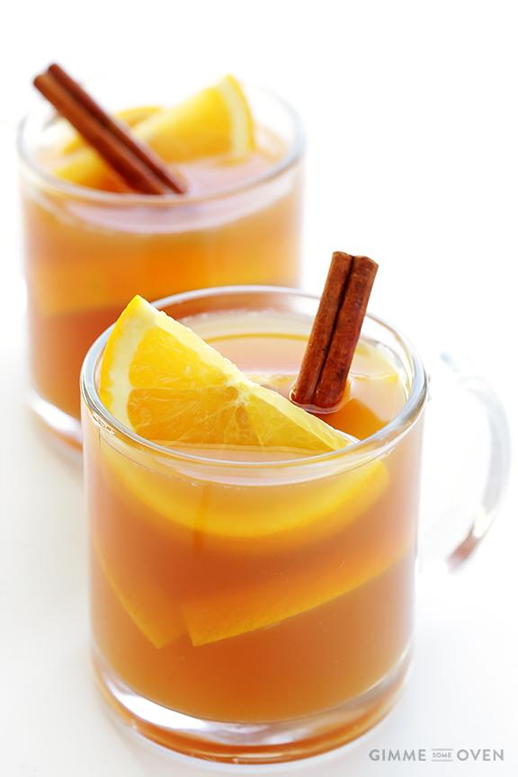 Holiday beverages: slow cooker apple cider
