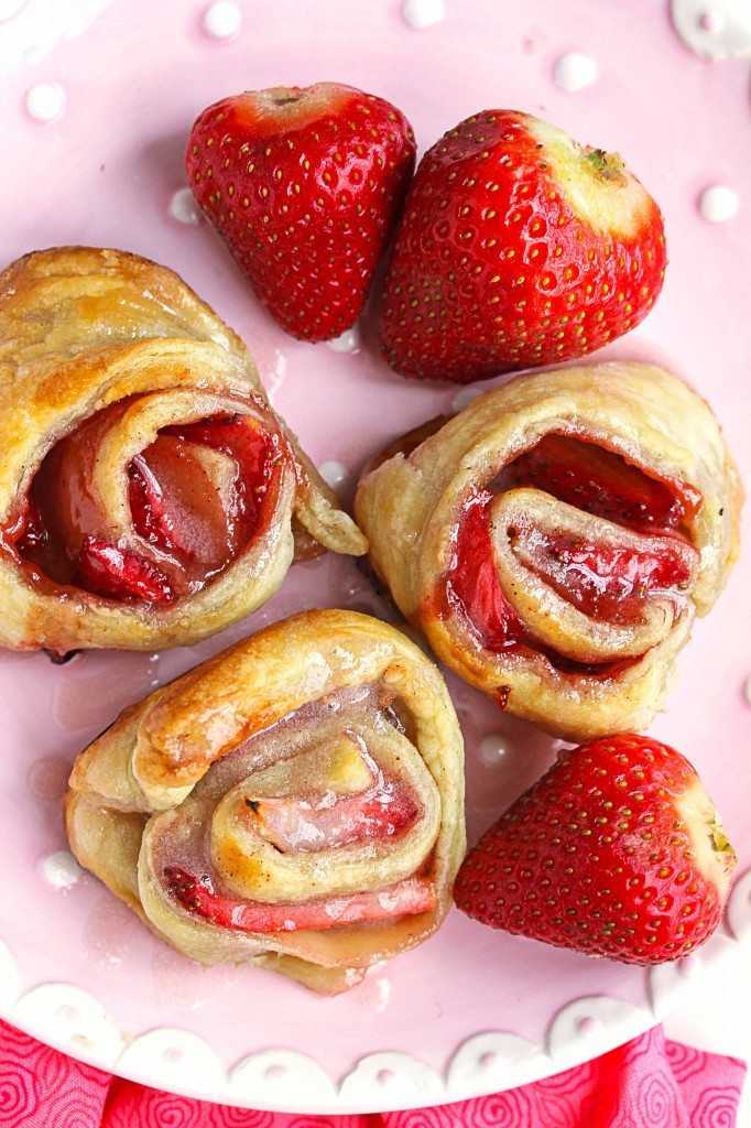 lazy strawberry cinnamon rolls
