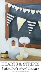 Valentine's Hearts & Stripes Wood Banner