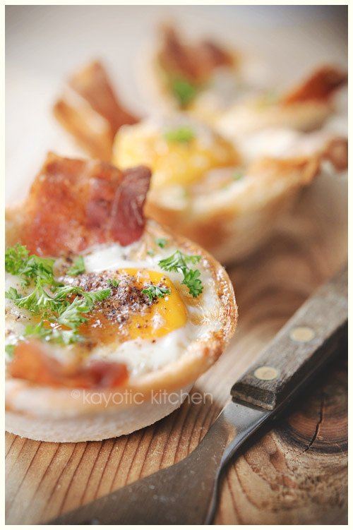 eggs bacon toast cups