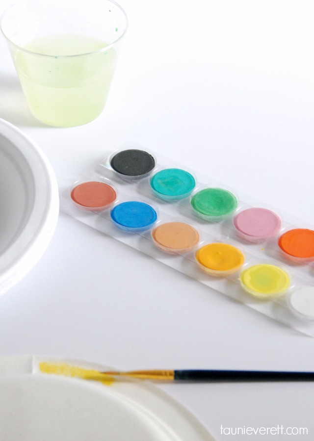 Watercolor treat boxes. Perfect for summer parties or small gifts.
