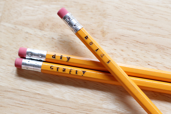 DIY stamped pencils + 10 more ways to dress up basic office supplies.