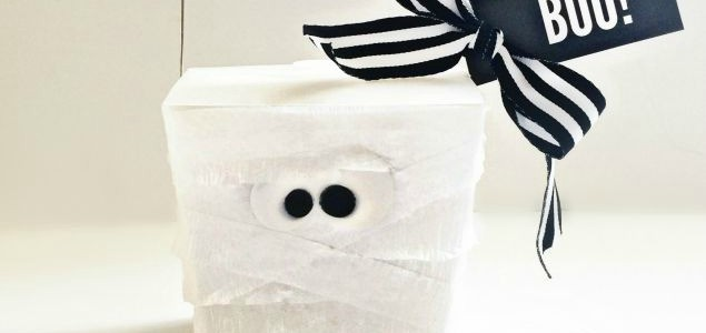 Mummy Treat Box Feature