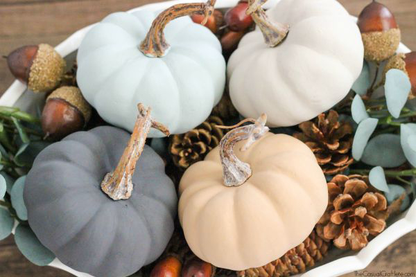 Vintage-Inspired-Chalky-Paint-Pumpkins-