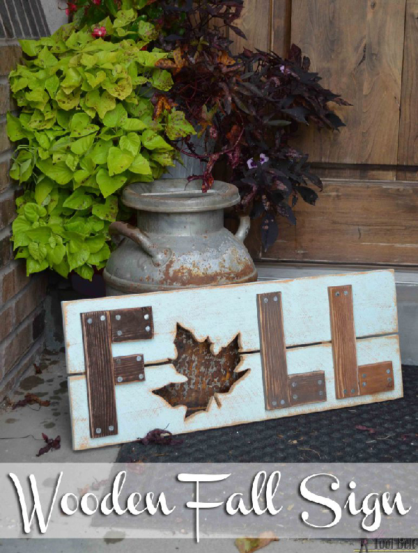 Wooden-Fall-Sign-DIY