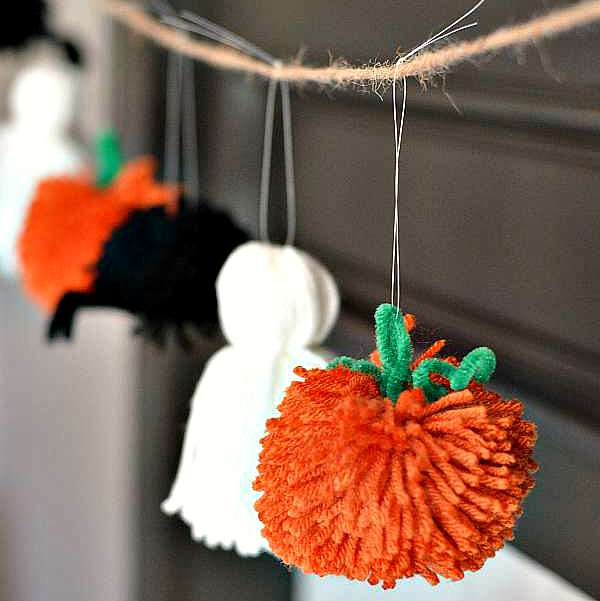 Yarn-Halloween-Garland (1)