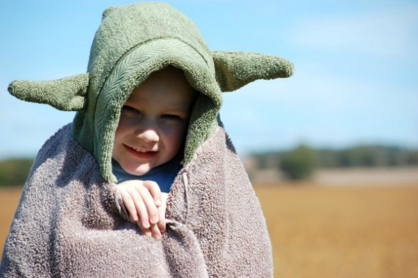 Yoda-Hooded-Towel-2