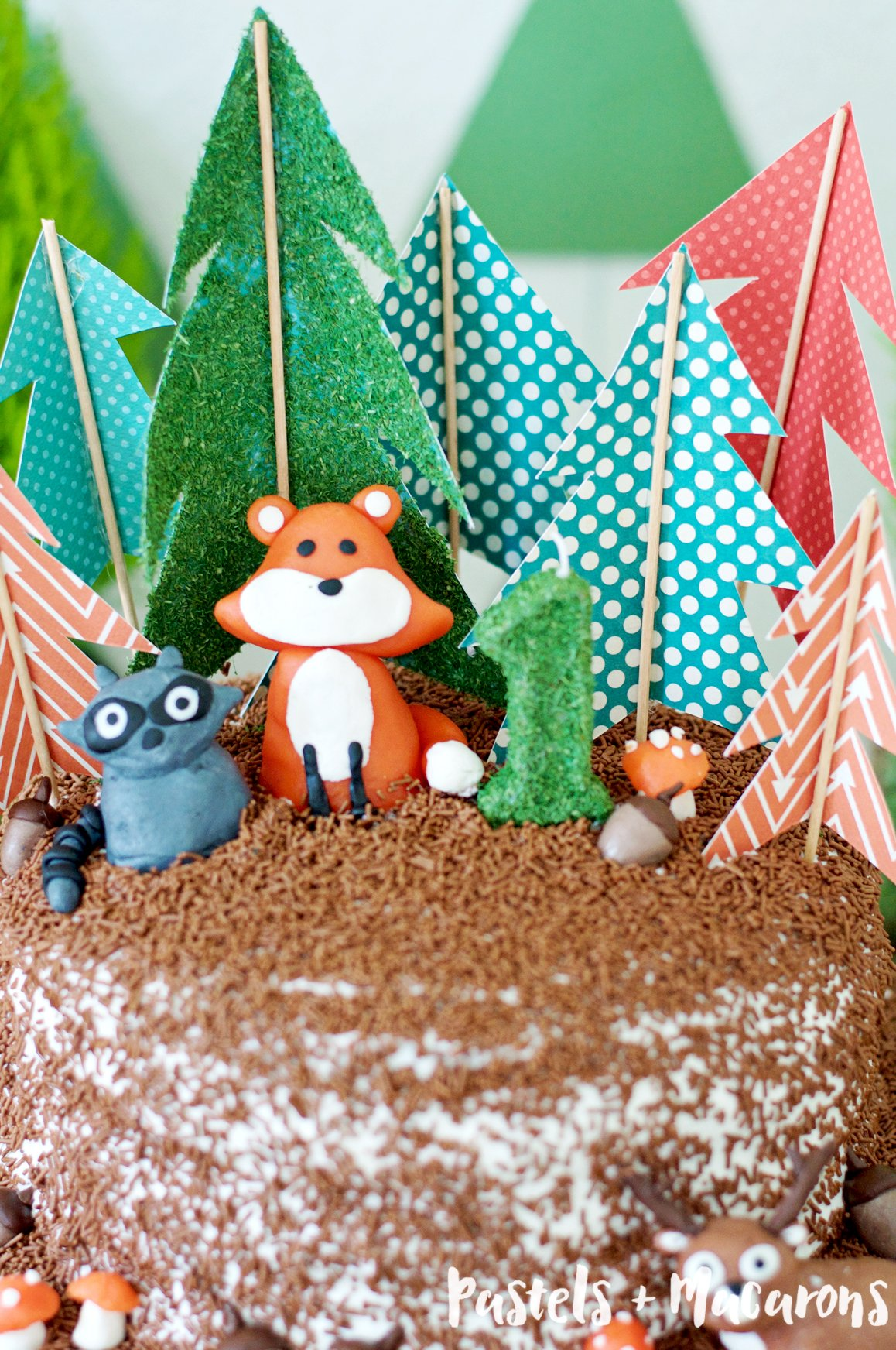 WOODLANDS-FOREST-CAKE-TOPPER-2