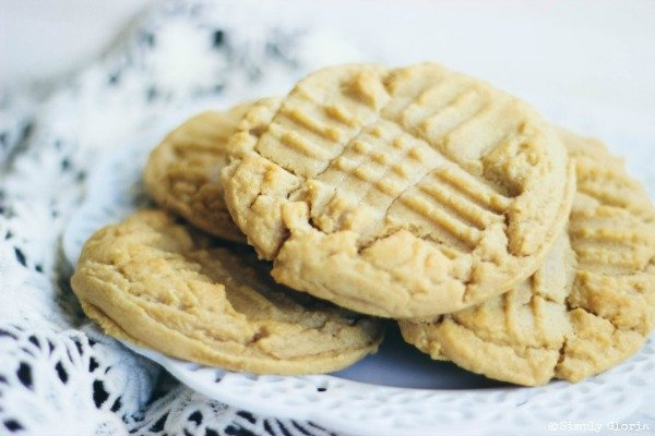 Soft-and-Chewy-Peanut-Butter-Cookies