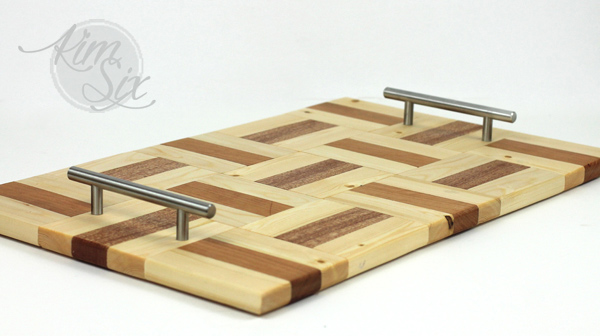 DIY-wooden-tray-with-multiple-wood-types