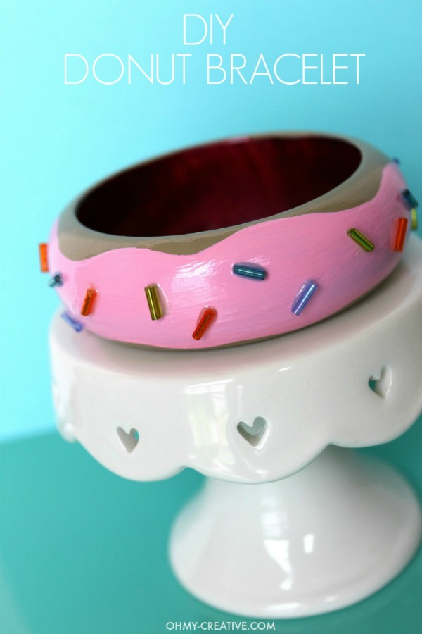 How-to-make-a-DIY-Donut-Bracelet-OHMY-CREATIVE.COM_