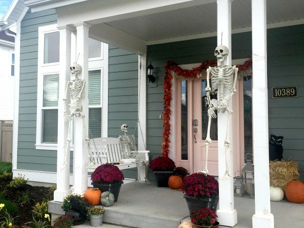 Halloween Porch Decor with Sherwin-Williams