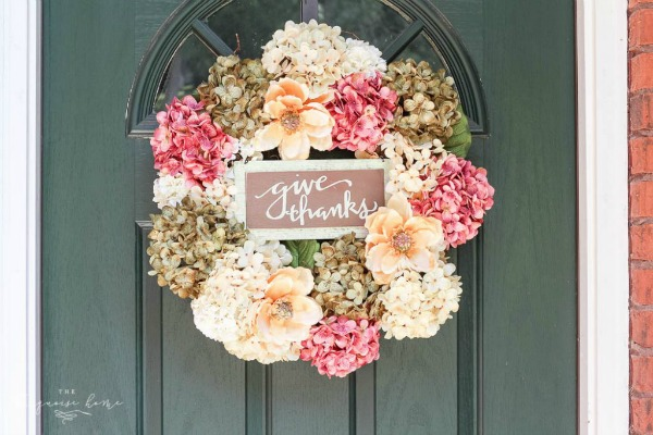 diy-fall-hydrangea-wreath-10-1024x683