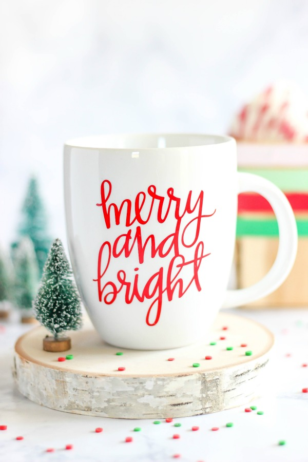 diy-merry-and-bright-vinyl-mug