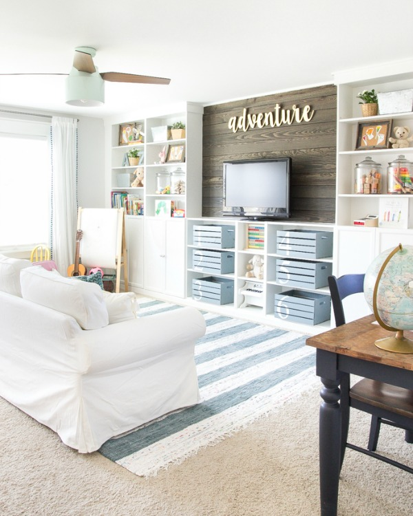 eclectic-farmhouse-playroom-2-of-31