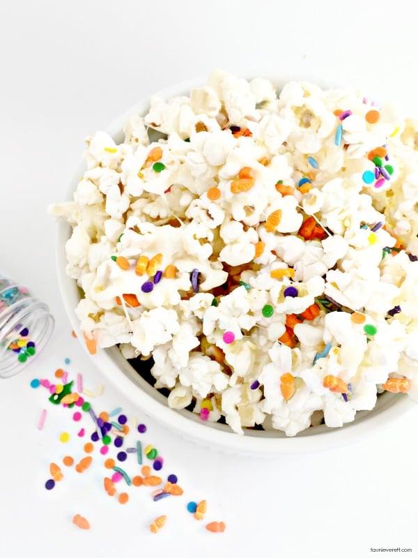 Bunny Bait Marshmallow Popcorn