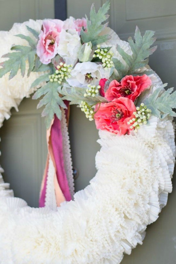 DIY-spring-wreath-1-e1489888078780