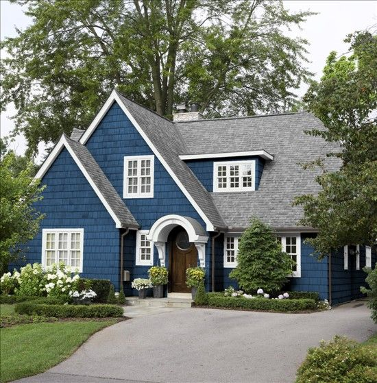 Benjamin Moore New York State of Mind. Check out the best navy blue paint currently available on the market.