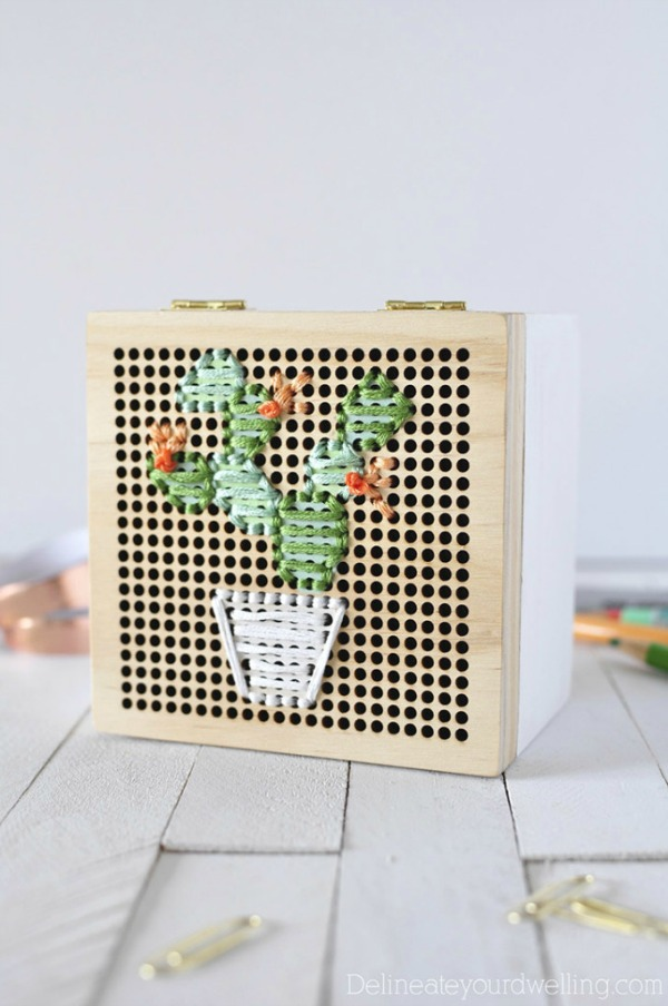 Simple-Cacti-Embroidery-Box2-680x1024