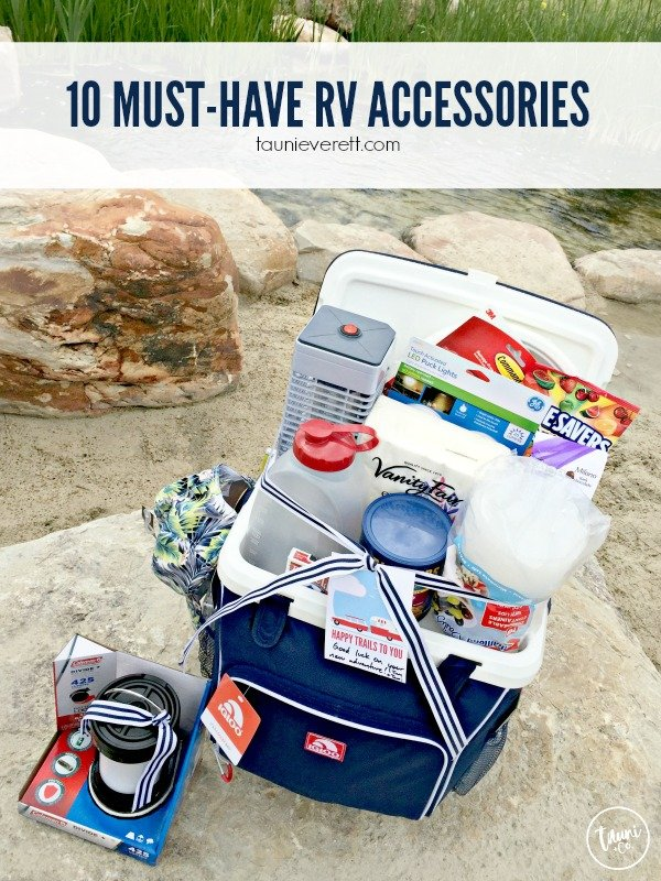 10 must have rv accessories © tauni everett