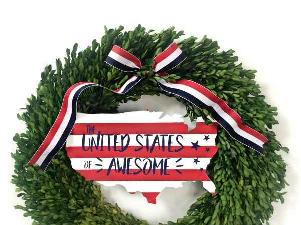 Make This Patriotic DIY Fourth of July Wreath