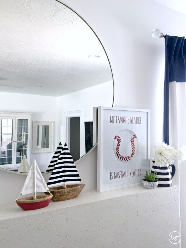 Fourth of July mantle + FREE patriotic print