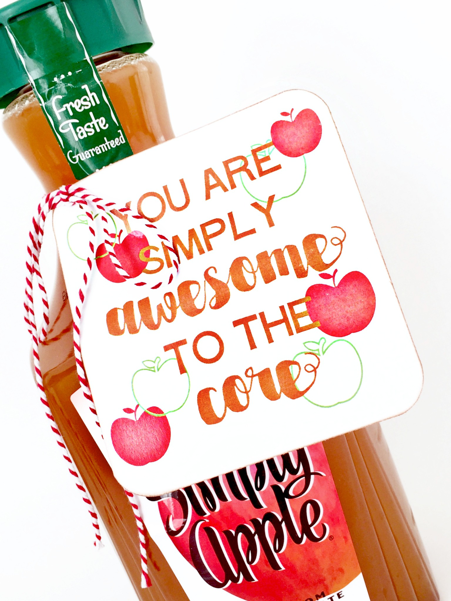 Celebrate the harvest season and back to school with this free print and cut awesome to the core gift tag. It's perfect for any apple gift.