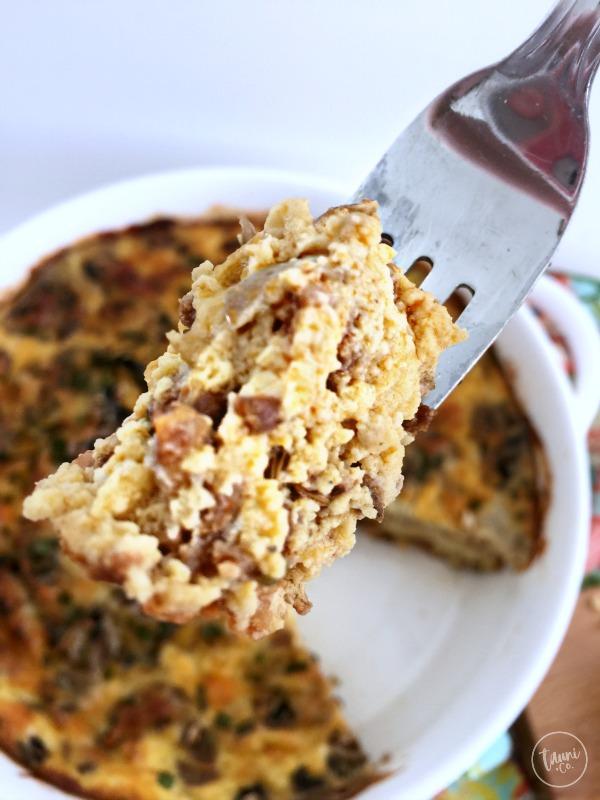 Hearty, flavorful bacon potato leek breakfast bake recipe.