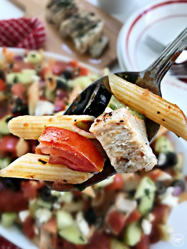 Mediterranean Grilled Chicken Pasta Salad Recipe. BONUS: It's best served cold so it can be made ahead for busy weeknights!