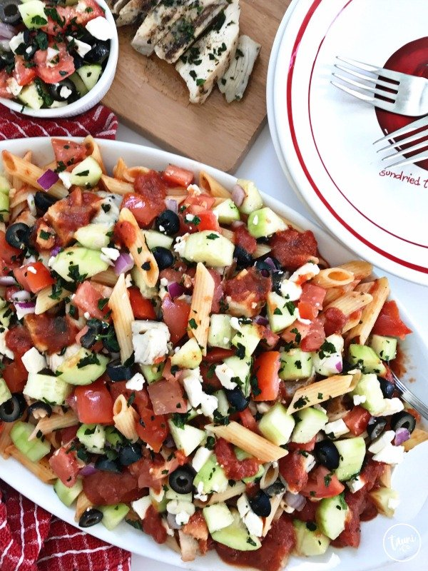 Mediterranean grilled chicken pasta salad 6 1 © tauni everett