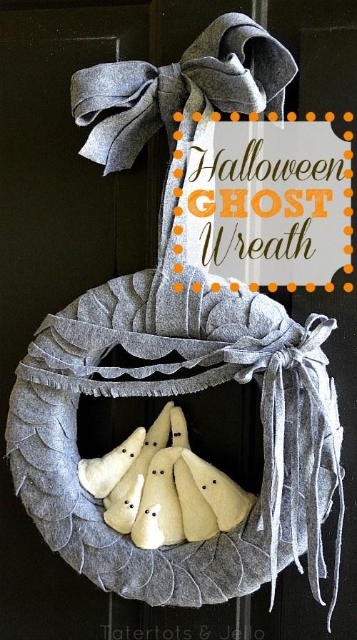 25 Frightfully Fun DIY Halloween Wreaths #halloween #wreath
