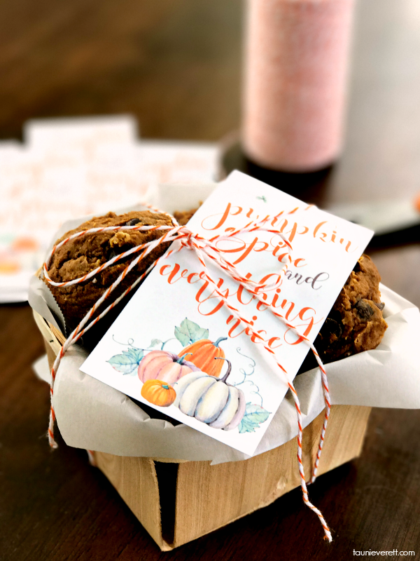 Print and Cut Pumpkin Spice and Everything Nice Gift Tag #pumpkinspice #gifttag #printable
