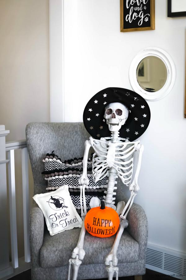 Halloween Home Tour by Tauni Everett