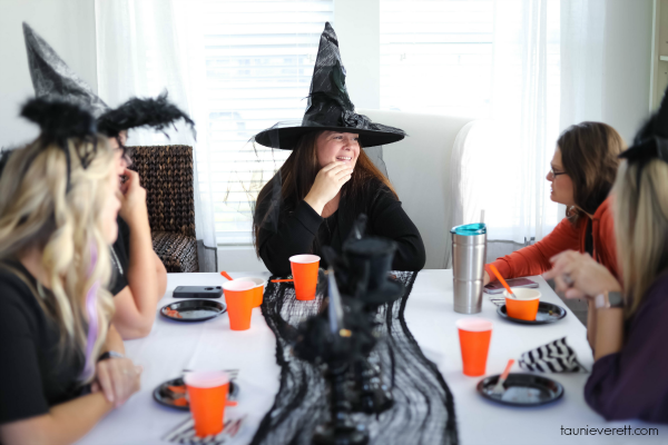 Halloween home tour 12 © tauni everett