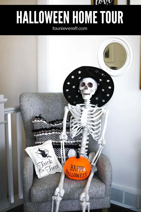 Love the ideas in this Halloween home tour. Lots of great touches. #halloween  #halloweendecor